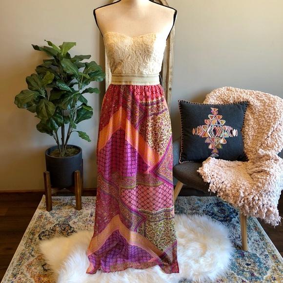 City Triangles Dresses & Skirts - City Triangles Paisley print Maxi Dress💋💋